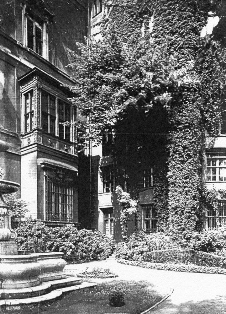 Das Schlossgärtchen in kaiserlicher Zeit, um 1910. Quelle: Landesdenkmalamt Berlin