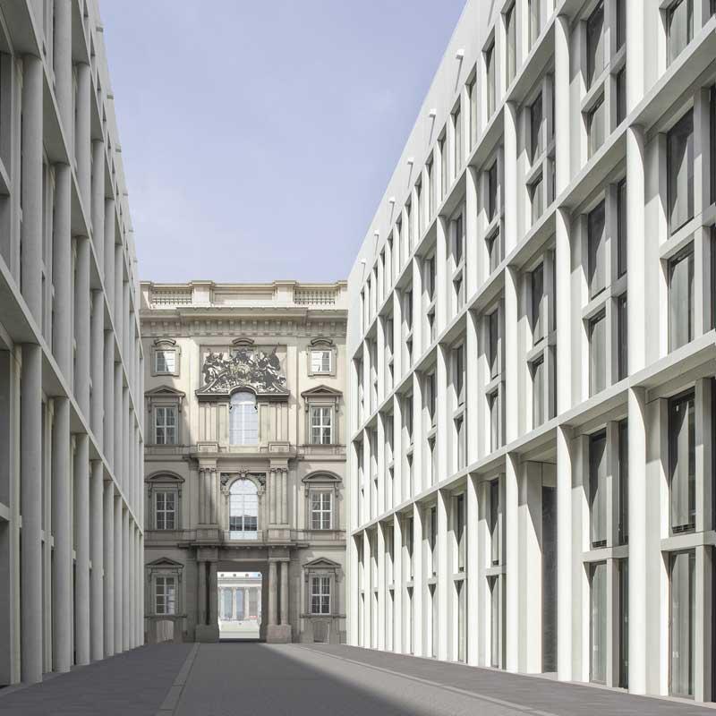 Die Schloss-Passage – mit zwei rekonstruierten barocken Portalen und dem modernen Säulenweg. Quelle: Franco Stella